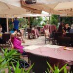 Gradina restaurantului grecesc Amvrosia din Pipera 10