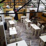 Journey Pub, local in centrul Bucurestiului (Piata Romana), cu terasa plina de vegetatie