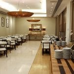 Restaurantul Robertos de la Athenee Palace Hilton cu a sa terasa La Strada