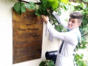 Pavel Antici - ospatar la Hanul Berarilor Casa Elena Lupescu