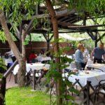 Torna Fratre restaurant traditional romanesc si balcanic in Bucuresti 31