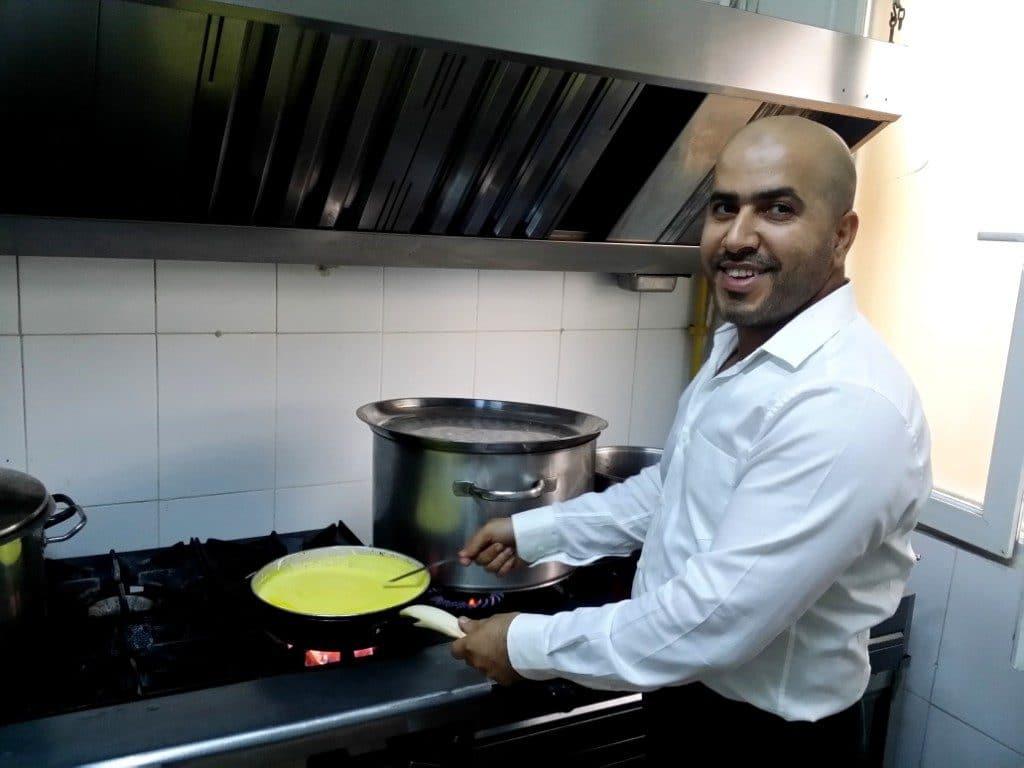 Ahmad, sirianul bucatar sef si asociat la restaurantul Damascus Palace