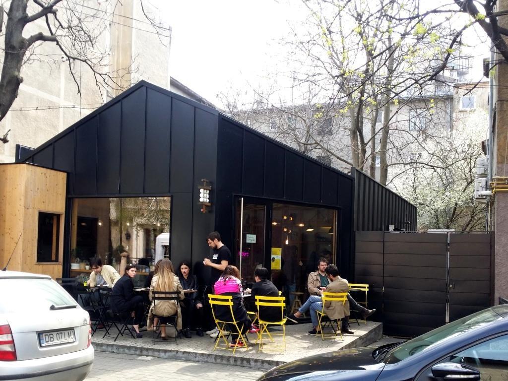 Frudisiac, cafeneaua boema cu specific ccandinav din Piata Dorobantilor
