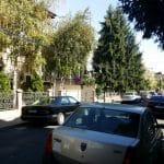 Intrarea Bitolia din Dorobanti, cu restaurantul Frudisiac