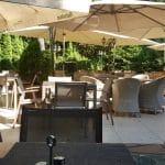 Quattro Stagioni. trattoria in Parcul Hearstrau la Piata Charles de Gaulle