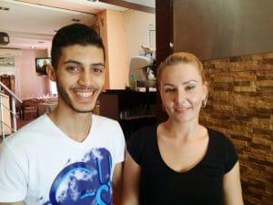 Samy si Mary, chelnerii veseli de la Sis Kebab
