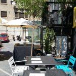Terasa Beans & Dots, cafenea si concept store din Palatul Universul