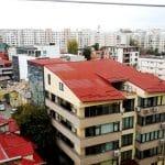 Calea Dorobantilor vazuta de pe terasa hotelului Marshall Garden din Bucuresti