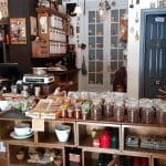 Camera din Fata, cafenea ceainarie in Piata Amzei din Bucuresti