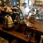 Camera din Fata, cafenea si ceainarie boema in Piata Amzei din Bucuresti