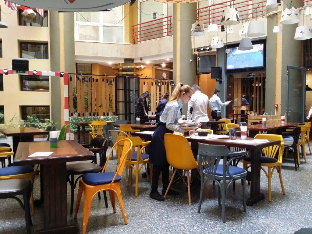 Stadio, restaurant cu atrium in strada Ion Campineanu