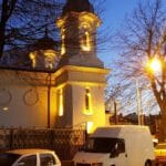 Biserica Precupetii Vechi, cu Trattoria Amore, Templul Soarelui si Moudys Kitchen in jur