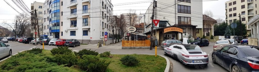 Strada Clucerului, cu restaurantele Beirut, Olio si Jadoo Garden