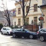 Strada Jean Louis Calderon, cu Trattoria Zucca si restaurantul Mesogios
