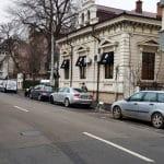 Strada Paris cu Bistro Hoinar - Mobra Shop, la Piata Victoriei in Bucuresti