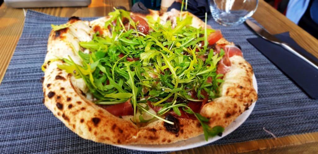 PizzaMania, restaurant pizza si pasta in Piata Victoriei