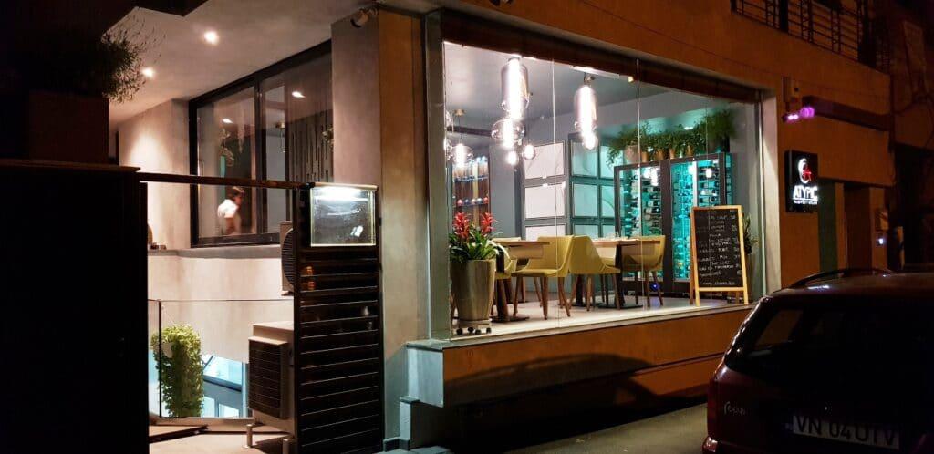Atypic noaptea, restaurantul multicuisine de la Piata Floreasca