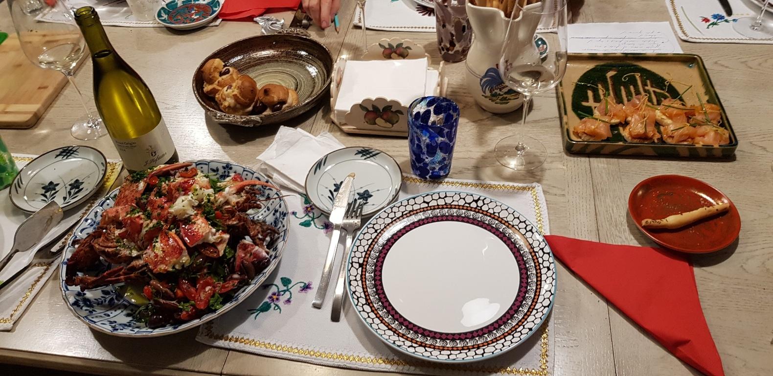 Invitatie la o cina italieneasca cu prietenii in bucatarie for Cu ci na roma
