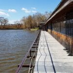 Two Lakes, Two Brothers, restaurant pescaresc si complex turistic pe lacurile Tancabesti
