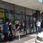 America House la aripa cu Starbucks si Cooperativa FruFru