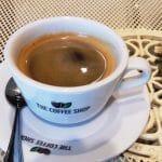 The Coffee Shop Amzei, cafenea cu o cafegita acra si cu una normala