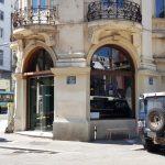 Cafe Meron, pe Brezoianu, vizavi de Hotel Cismigiu