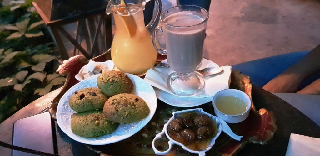 Infinitea, ceainaria ca din alte vremuri din Cotroceni