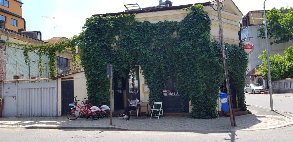 Masa Casa, mic restaurant langa Biserica Precupetii Vechi din Bucuresti