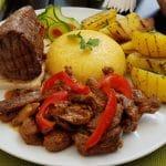 La Costas, restaurant cu specific multicuisine pe Jean Louis Calderon