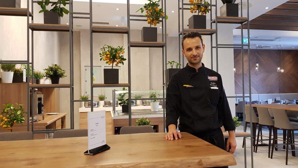 Garden Grille & Bar, restaurantul Hotelului Hilton Garden Inn din Centrul Vechi