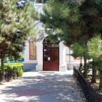 Nicolae Caranfil la Biserica Sfintii Apostoli Petru si Pavel, cu restaurantul La Senna