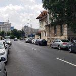 Strada Paris, in capatul dinspre Piata Victoriei si Aviatorilor 8