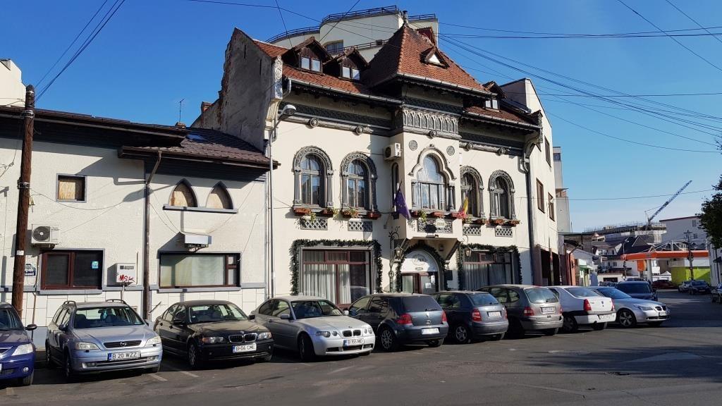 Icoanei si Domnita Ruxandra, cu Casa M60 si Zahanaua Zexe