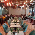 Decadance, restaurant in complexul de business The Landmark