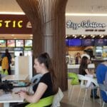 Food court la Veranda Mall in Bucuresti 03