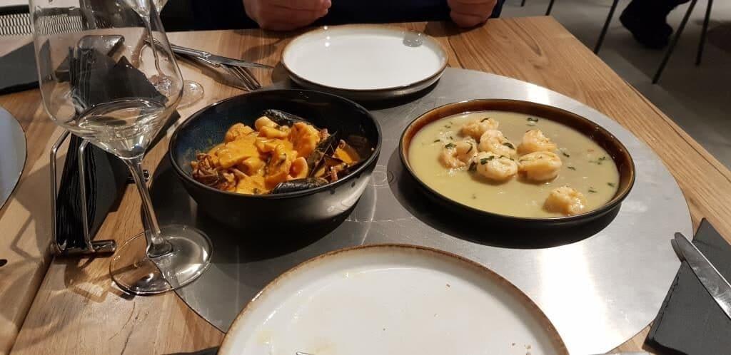 Raionul Floreasca restaurant cu peste si fructe de mare in Agora