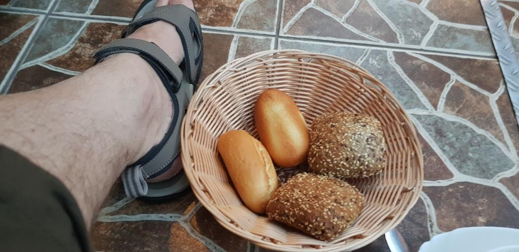 Cina la restaurantul La Armeneasca (Moise House)