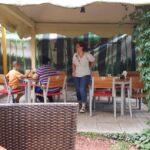 Terasa restaurantului Mantuleasa 40