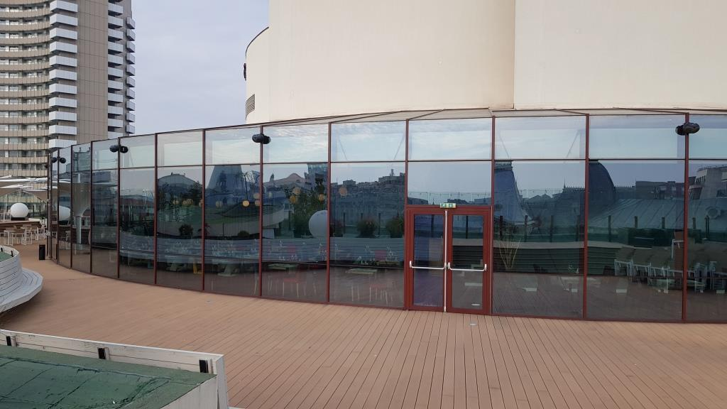 Panoramic rooftop restaurant pe Teatrul National Bucuresti