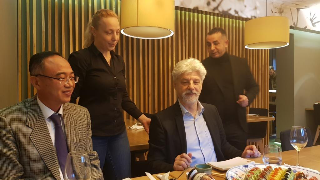 Topul Mancarurilor 2019 la ZenSushi pregatir de Iulian Constantin