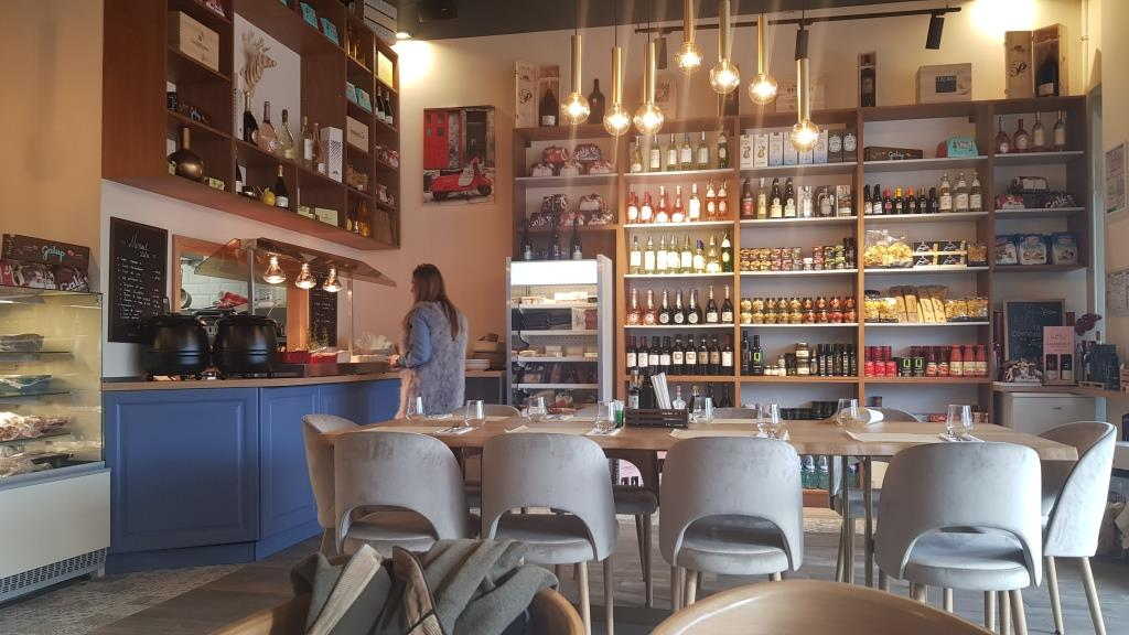 Restaurant italian la Pipera Plaza