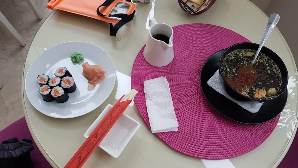 Restaurant Sushi Time la Hotel Lafayette