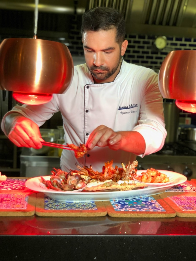 Ricardo Deus, Head Chef al restaurantului Dancing Lobster