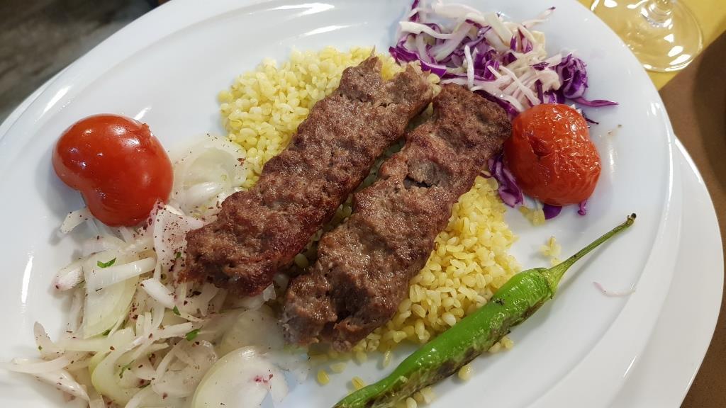 Sultan, restaurant turcesc la Hotel Graffiti