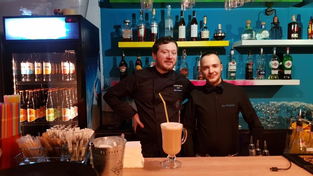 Cheful brazilian si barmanul-pictor